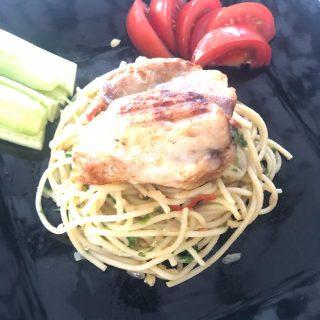 Een van mijn favorite pasta gerechten, Spaghetti aioli 😍 Lekker met veel knoflook en olijfolie.